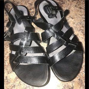 Clark Artisan sandals—8.5N, Black